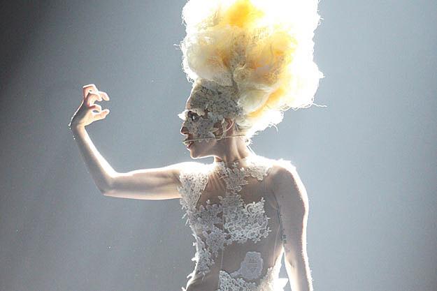 Lady Gaga's 'Bad Romance' Wins Best Short Form Music Video ...