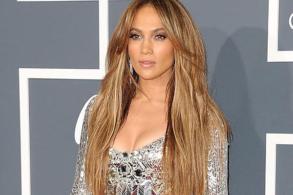 Jennifer Lopez, 'On the Floor' Feat. Pitbull – Video Spotlight