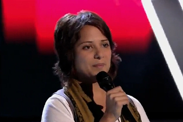 Vicci Martinez Nails Adele's 'Rolling in the Deep' on 'The ...