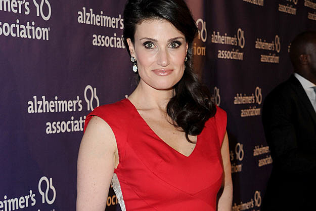 idina menzel mentors the glee project contestants on