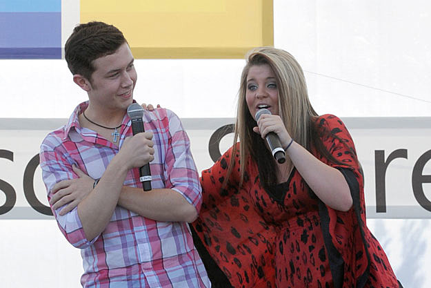 So Who is current Scotty Mccreery girlfriend