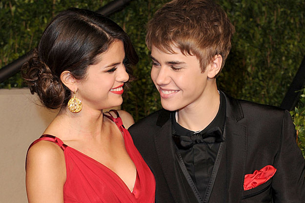 selena gomez pregnant with justin bieber,justin bieber and selena gomez justin bieber and selena gomez,justin bieber and selena gomez kiss,justin bieber and selena gomez 2011,selena gomez and justin bieber picture,selena gomez and justin bieber photo,selena gomez and justin bieber wallpaperclass=cosplayers