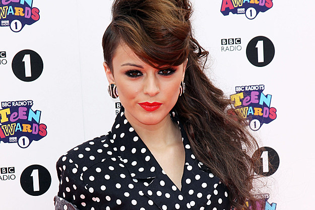 Cher Lloyd Performs With UR Love on X Factor