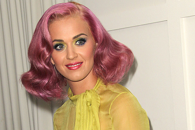 Katy Perry Performs 'The One That Got Away' on 'X Factor'