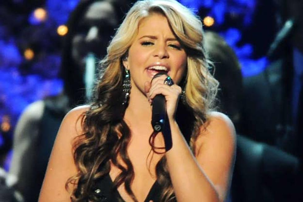 Lauren Alaina Performs \'My Grown Up Christmas\' on \'CMA Country ...