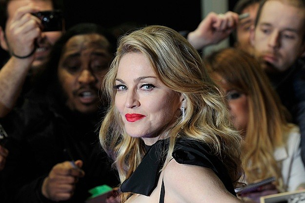 Madonna to Present at Golden Globes