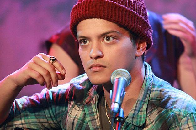 13 Artists With Bad Luck  Bruno Mars - PopCrush a8f04c694bb