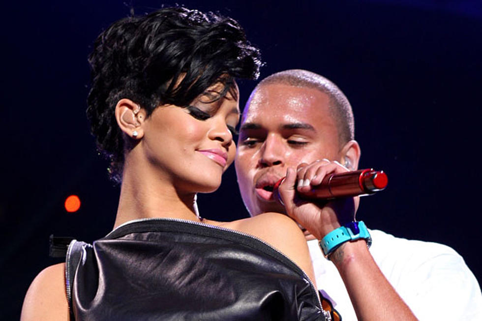 Rihanna Chris Brown Will Collaborate On Her Birthday Cake Remix