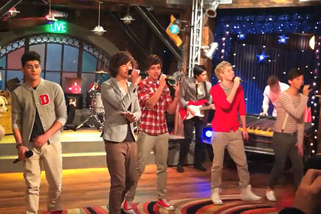 One Direction on 'iCarly'