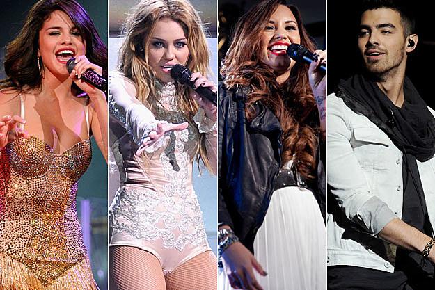 Selena Gomez Miley Cyrus Demi Lovato Joe Jonas