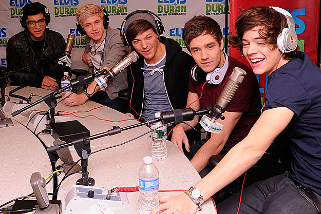 http://wac.450f.edgecastcdn.net/80450F/popcrush.com/files/2012/03/One-Direction3.jpg