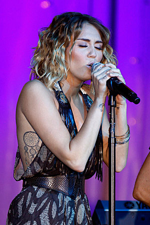 Dream Catcher Tattoo on That Dream Catcher Tattoo Is Imprinted On None Other Than Miley