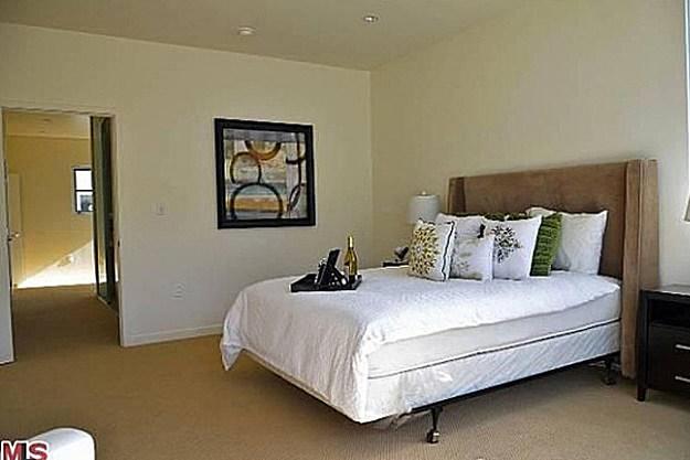 Chris Brown bedroom