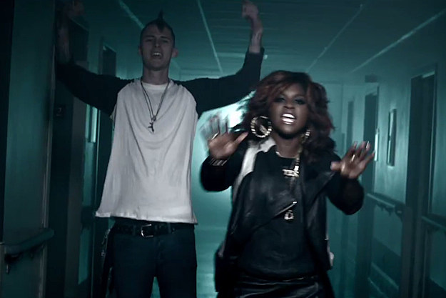 Machine Gun Kelly Ester Dean