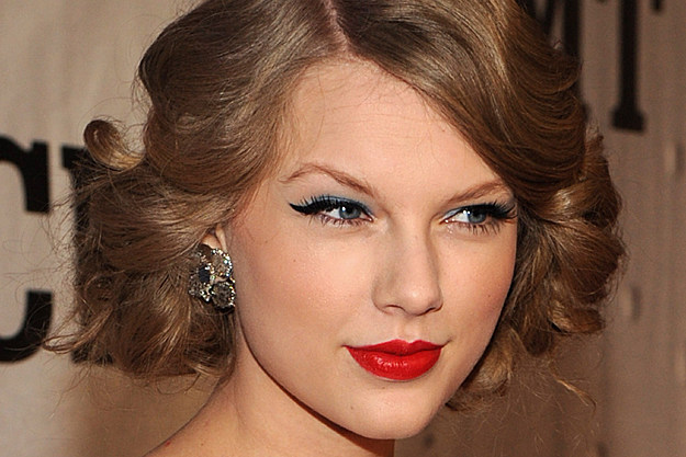 Makeup Taylor Swift Uses Taylor Swift Once Used a