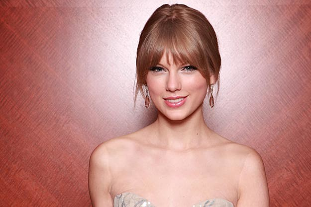 Taylor Swift Will Receive Generation Award at 2012 Canadian Awards Show