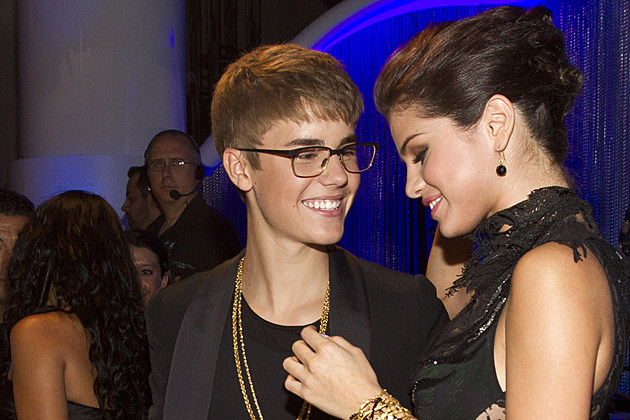 Justin Bieber + Selena Gomez Spotted Together at Los Angeles Comedy Club
