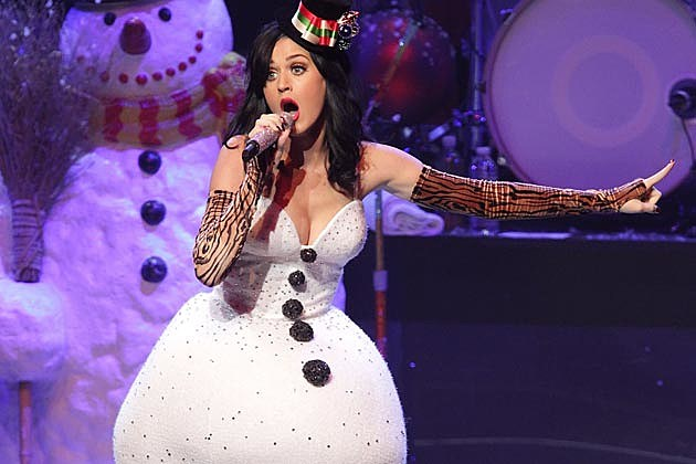 Katy Perry Reveals Holiday Plans for 'The Sims 3 Seasons'