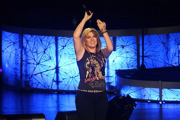 Listen to Kelly Clarkson's 'People Like Us' in Full