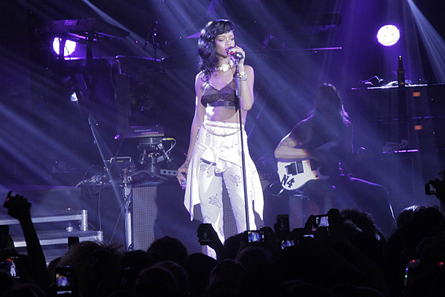 Rihanna 777 Tour London