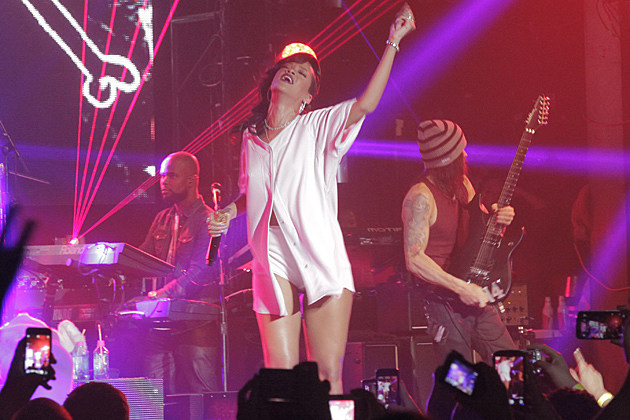 Rihanna 777 Tour New York
