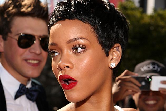 Rihanna Nude Photos Surface Following Vacation in Barbados
