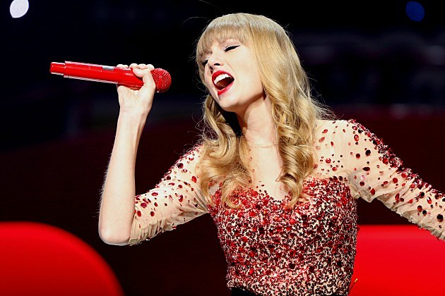 Watch Taylor Swift Perform 'I Knew You Were Trouble' at KIIS-FM Jingle Ball Concert