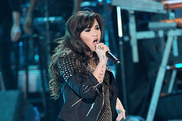 Demi Lovato Quits Twitter After Trust Rant