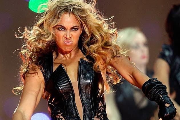 http://wac.450f.edgecastcdn.net/80450F/popcrush.com/files/2013/02/Beyonce9.jpg