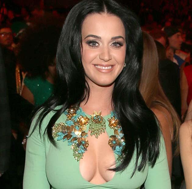 Katy Perry Grammy Boobs