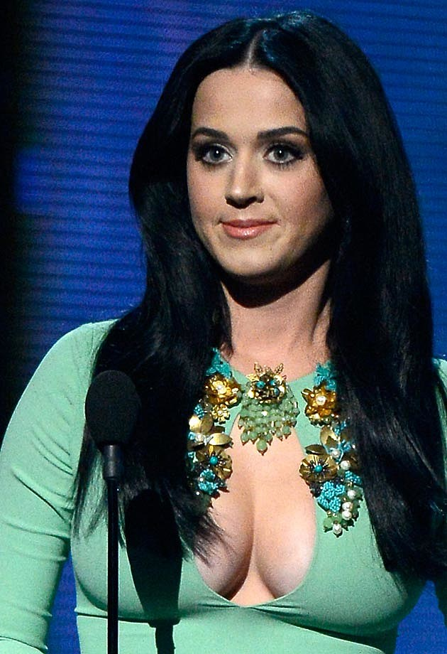 Katy Perry Grammy Boobs