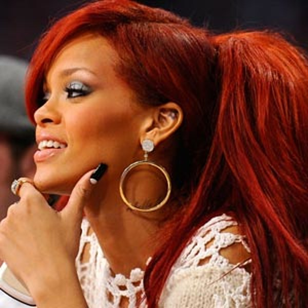 the high red ponytail � best rihanna hairstyles