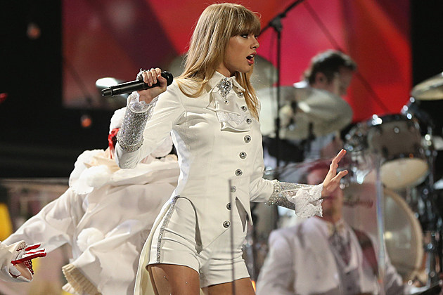 Taylor Swift sued Canadian hoedown