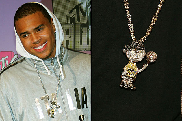 chris brown�s kirby piece tpain�s mini tpain chain