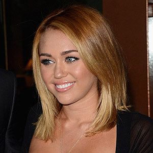 I'm in love with this Miley Cyrus shoulder-length haircut ... |Miley Cyrus Shoulder Length Hair 2012