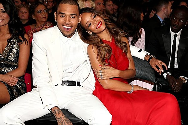 Chris Brown Now Confirms He's Not Dating Rihanna