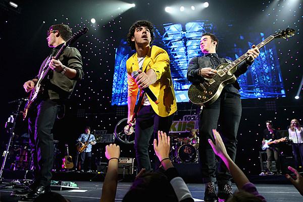 Joe Jonas Dishes on Jonas Brothers Comeback Record