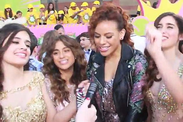 Watch Fifth Harmony Sing One Direction's 'Kiss You' on the Red Carpet