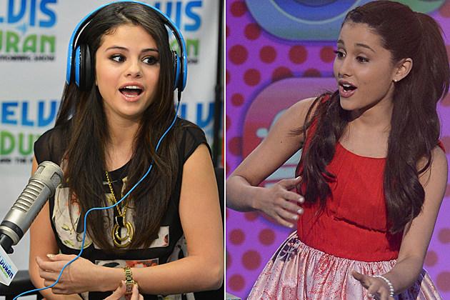 Selena-Gomez-Ariana-Grande