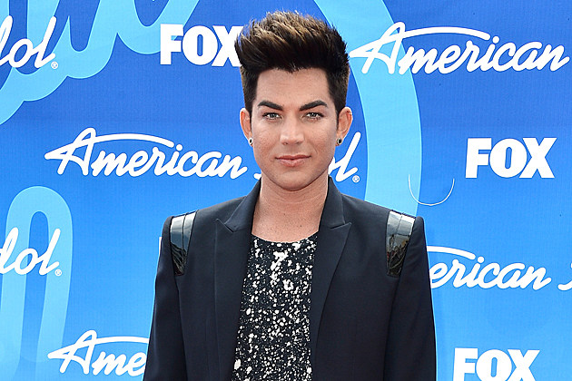 Adam Lambert Interviewed by Lyndsey Parker at American Idol Finale Red Carpet (Vid)