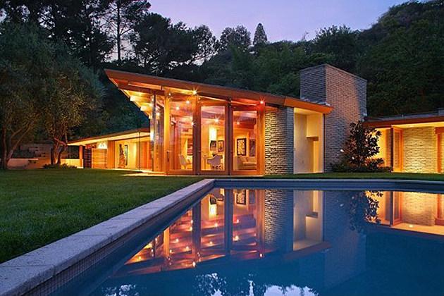 Celebrity Mansion