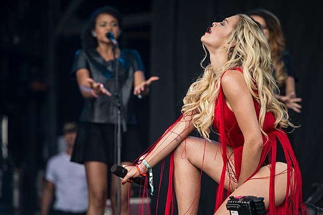 Rita Ora Glastonbury