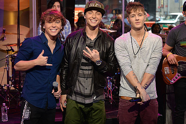 Emblem3s wes stromberg talks receiving puppies from fans m4hsunfo