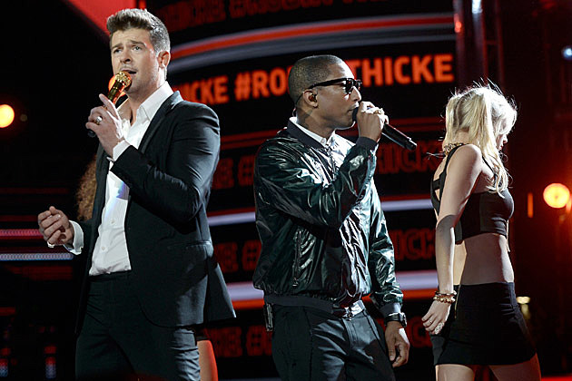 Robin Thicke Pharrell BET Awards