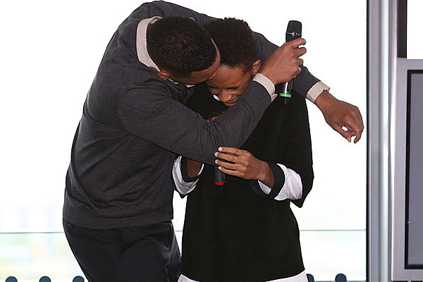 Will Smith Smooches Jaden Smith on the Lips During ...