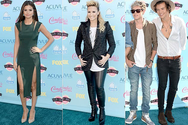 2013 Teen Choice Awards Selena Gomez Demi Lovato One Direction
