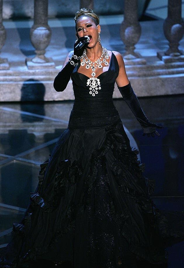 Beyonce Oscars 2005