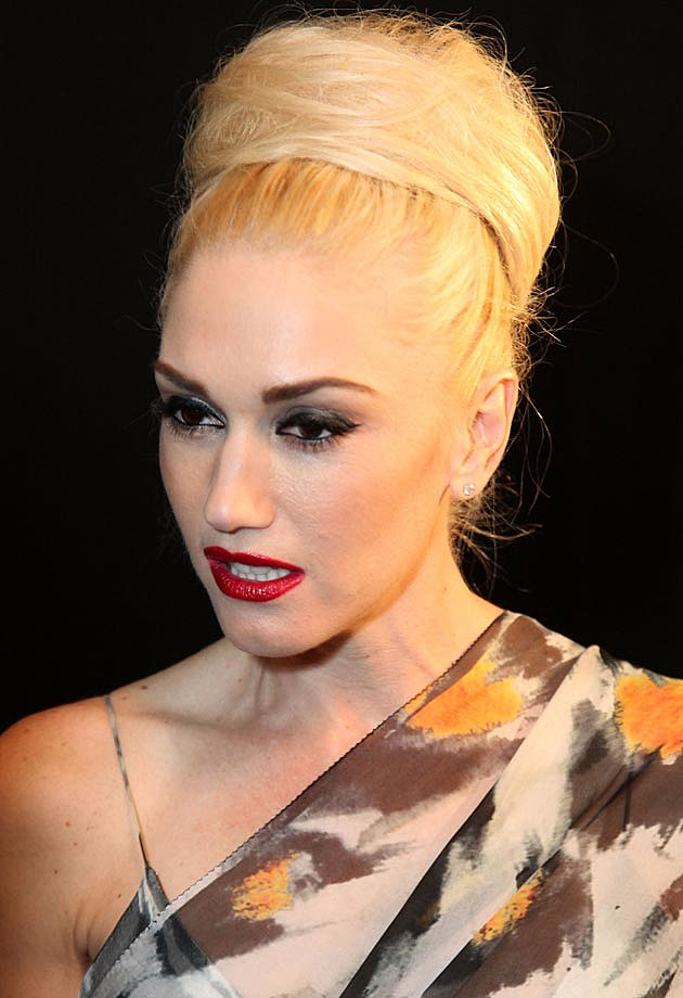 Gwen Stefani Beehive Bun