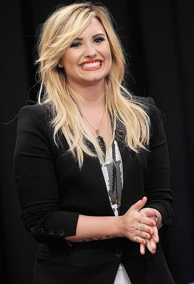Demi Lovato Fall Fashion Blazer