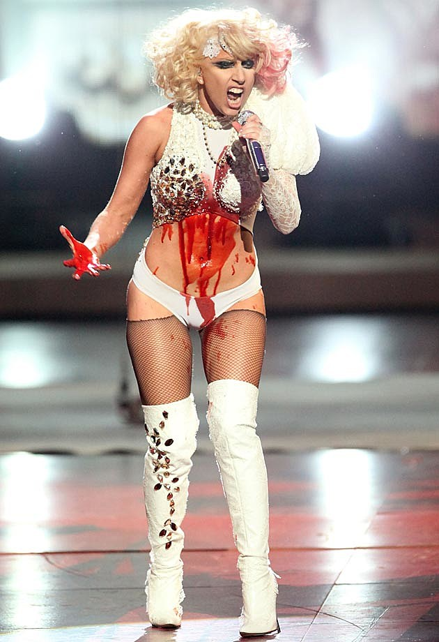 Lady Gaga Bloody 2009